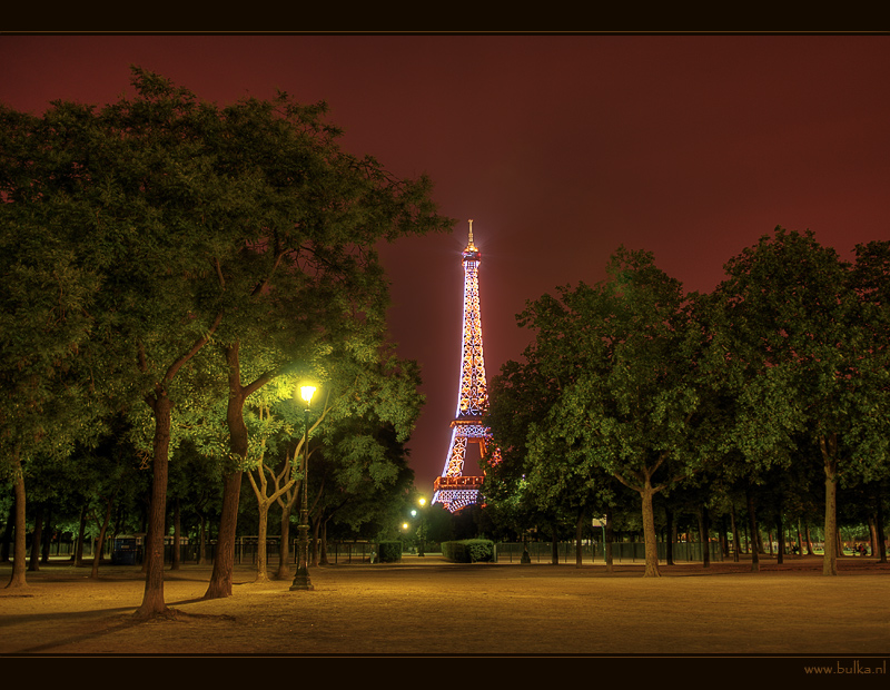 Urban Landscape: Night Paris