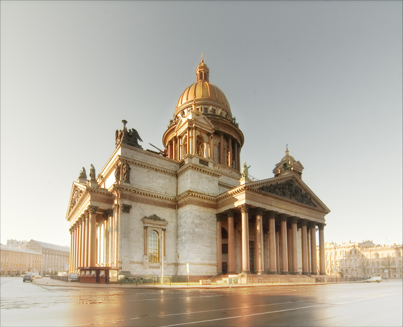 Golden morning of St. Petersburg | sunlight, cathedral, street, St. Petersburg, architecture