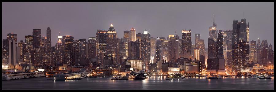 Night upon Manhattan