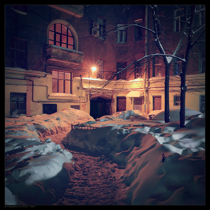 Real winter in the corners of St. Petersburg | evening, courtyard, winter, St. Petersburg