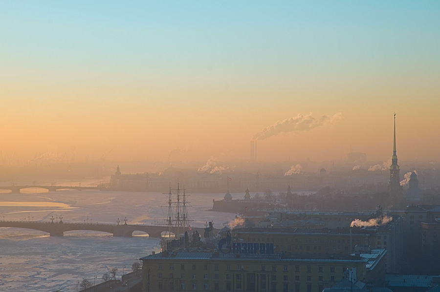 A frosty day's night | panorama, river, St. Petersburg, fog