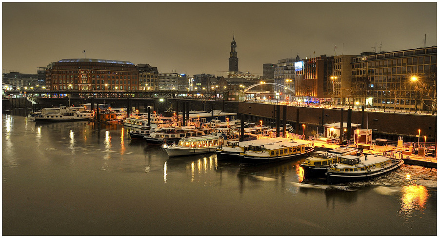 Hamburg in the night