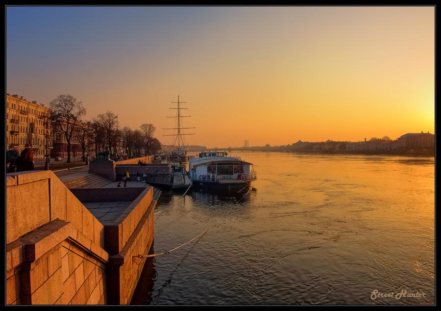 Evening on the Neva