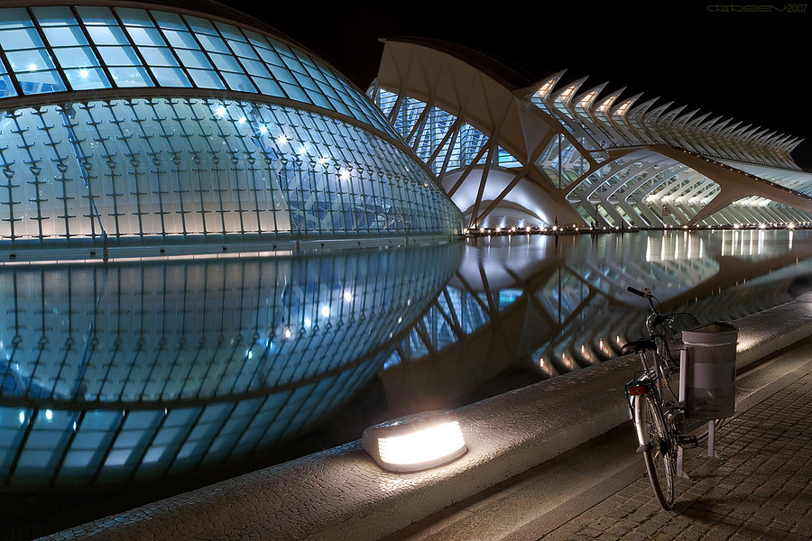 The bike from the past | Spain, wharf, night, reflection