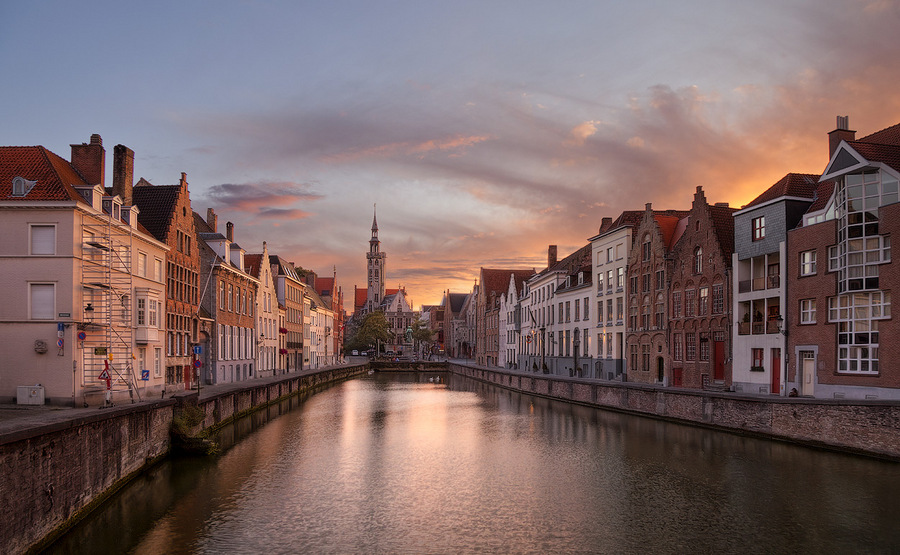 in Bruges | architecture, evening, sunset, canal