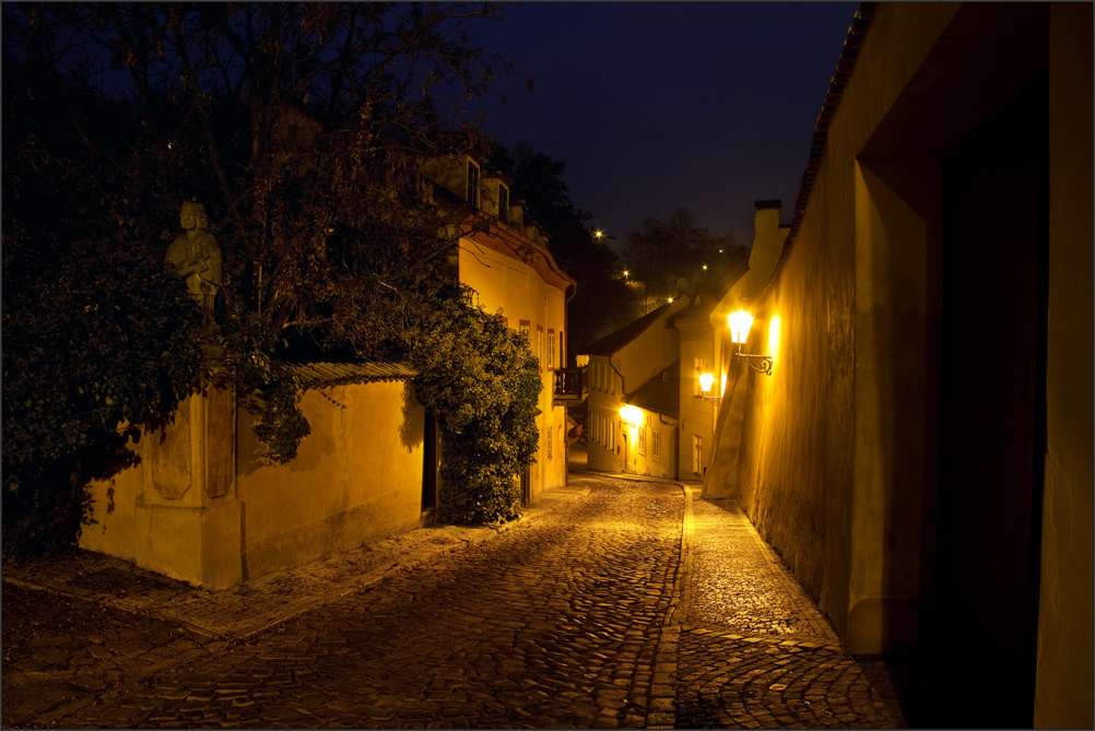 Narrow, dark street