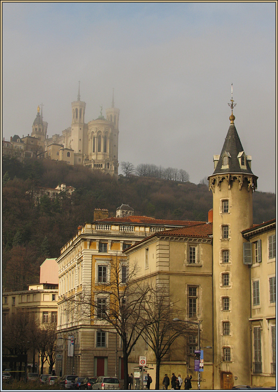 Cathedral on the top of the hill | cathedral, hillside, house, town