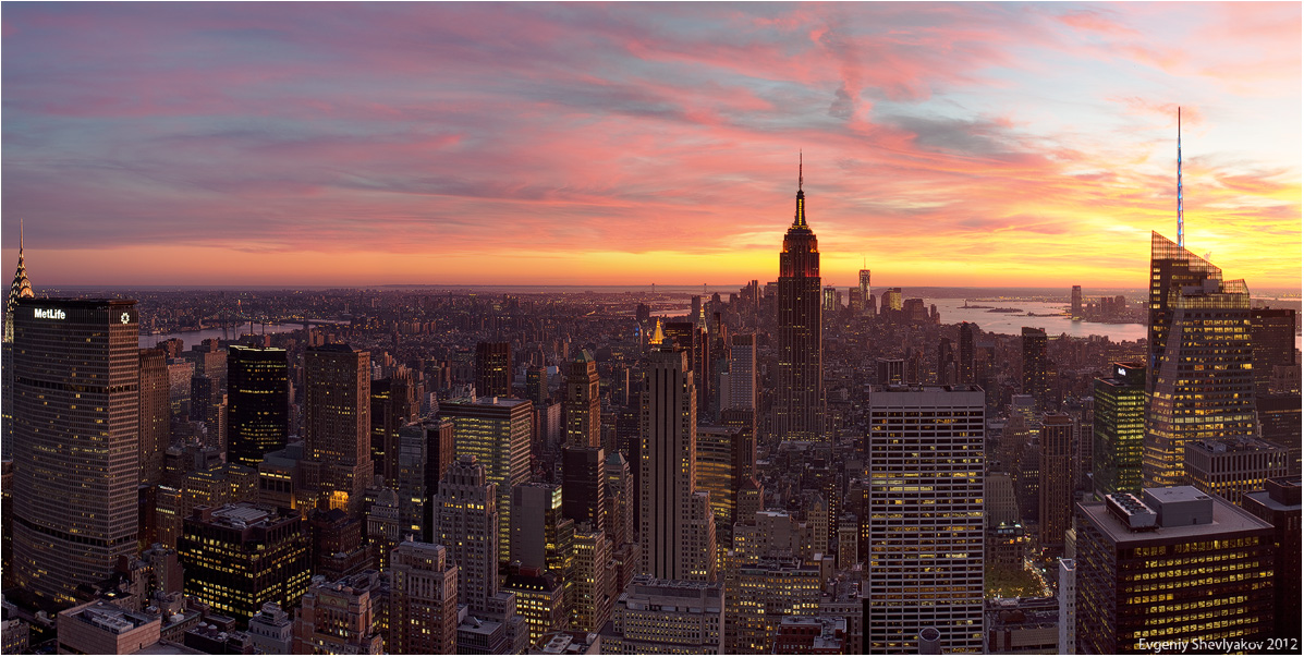 Sunset in Manhattan | city, New York, Manhattan, evening, sunset, scarlet, sky, clouds, buildings, skyscrapers