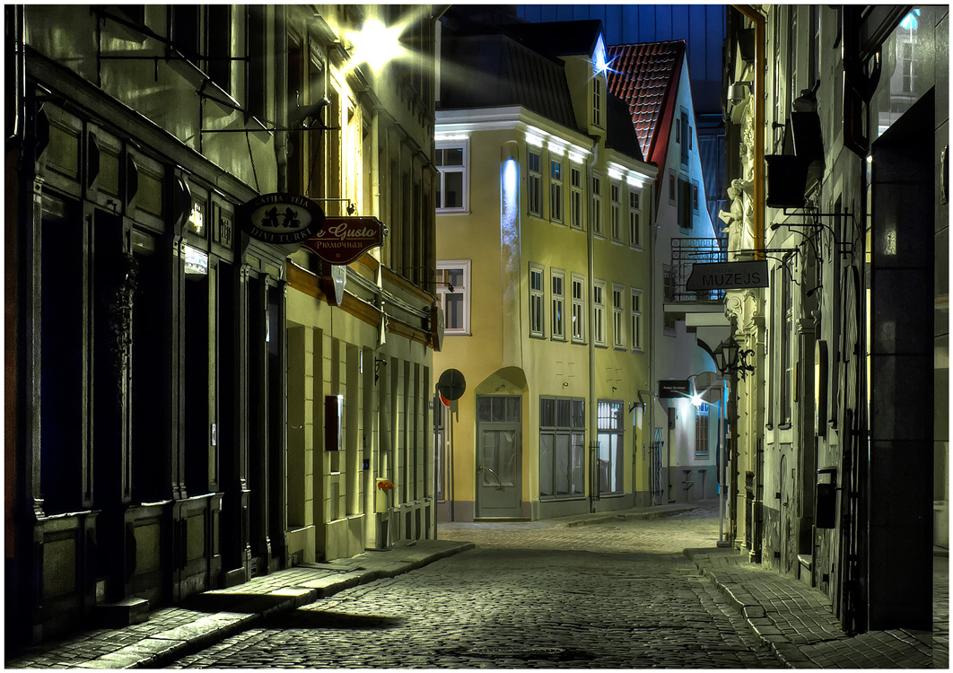 Night street of Riga