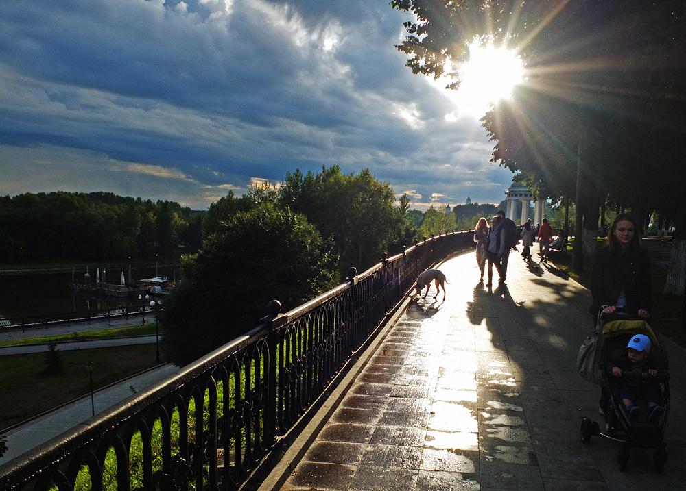 Quay, Yaroslavl