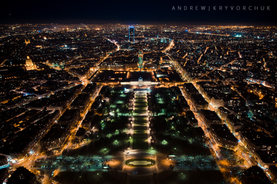 Night Paris from the Eiffel Tower