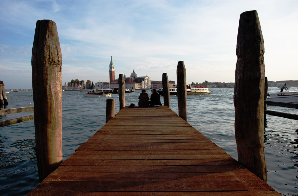 Two people on the pier, Venice